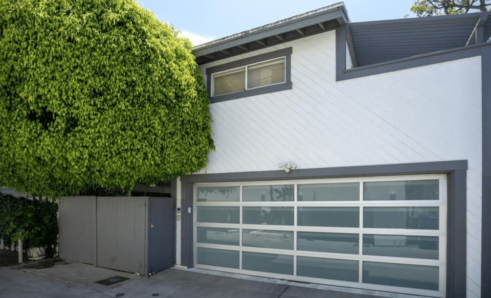 17 Westwind St. Marina del Rey Ca 90292 preview