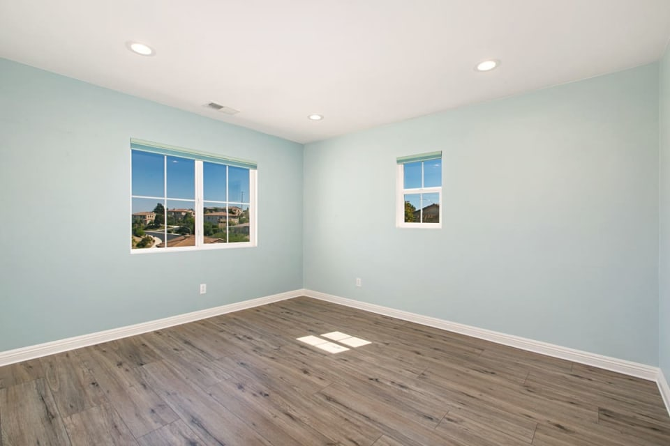 310 Mission View Way preview
