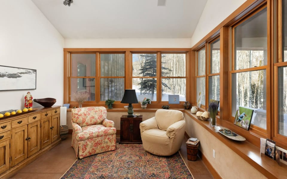 8201 Capitol Creek Rd preview