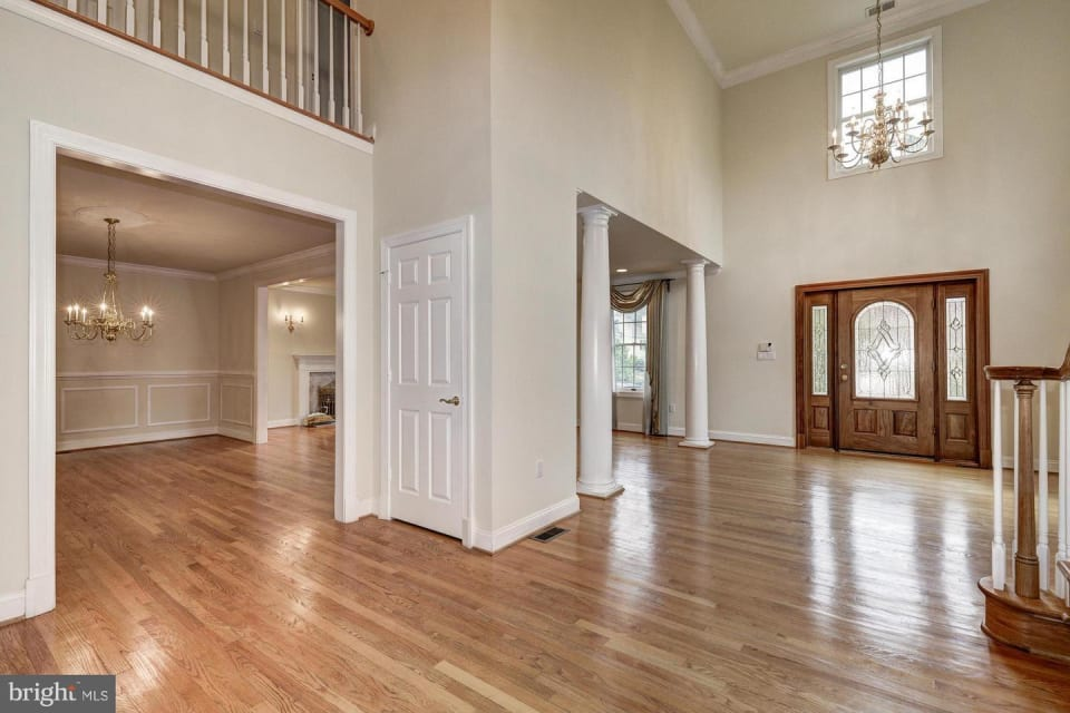 11421 Luxmanor Road preview