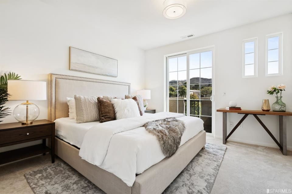 1267 Mission Rd preview