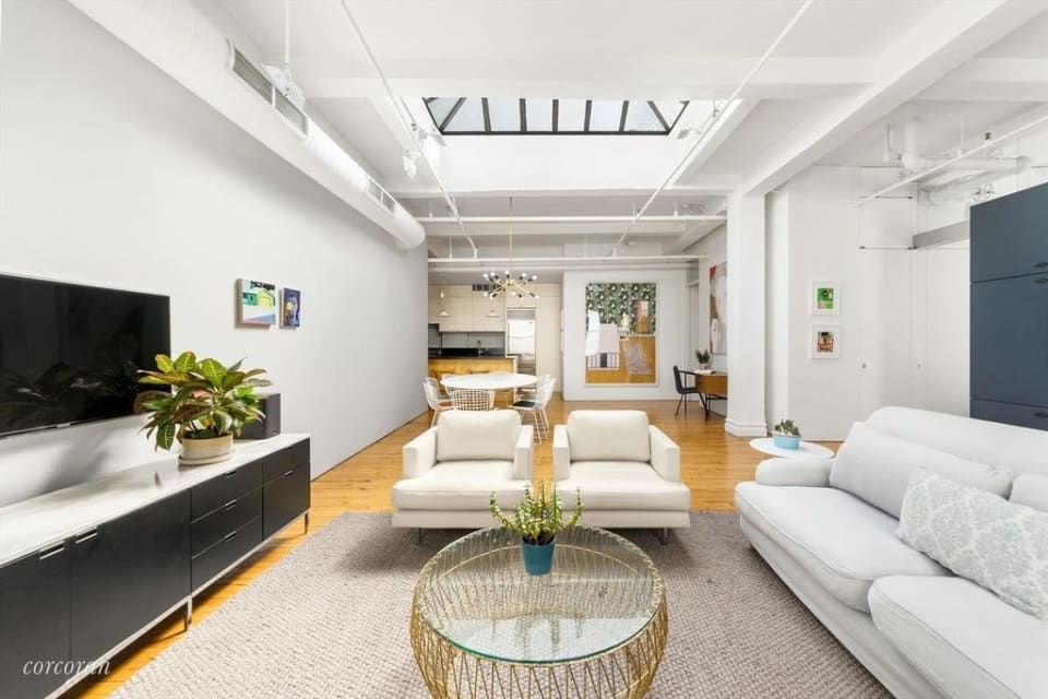142 W 26th St, #12B preview