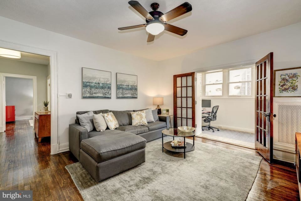 2227 20th St NW #203 preview