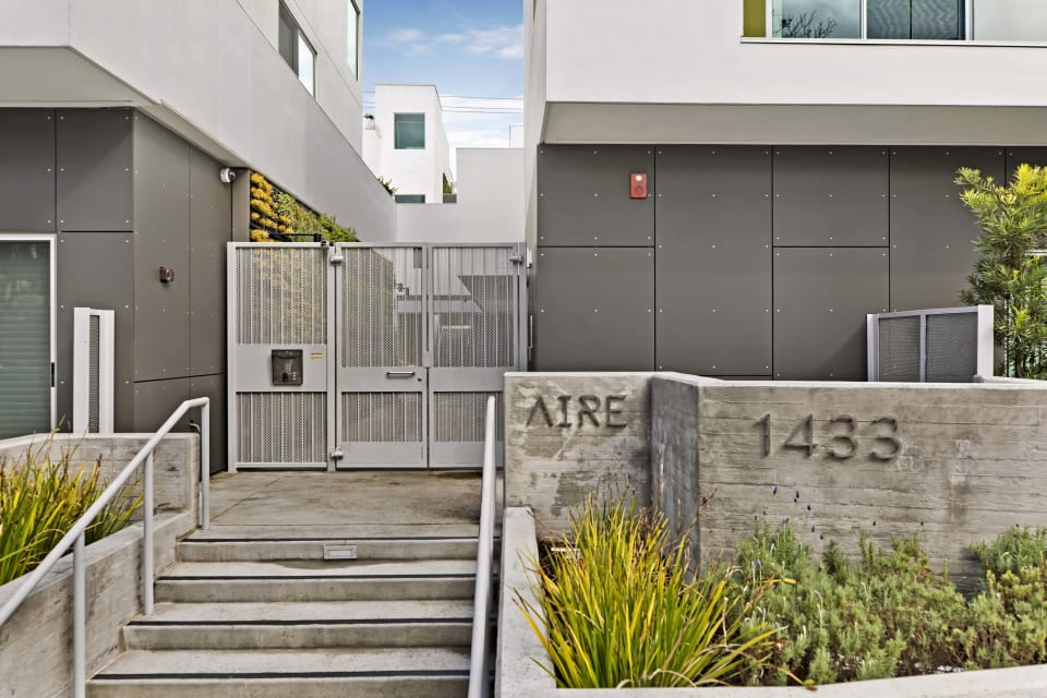 Residence 9 at AIRE preview