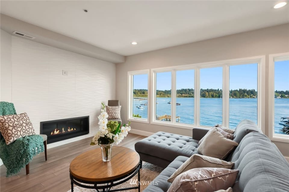 Juanita Bay Waterfront Condo preview