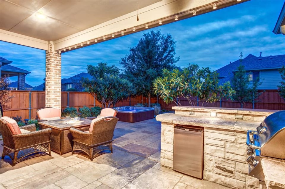 1593 Tumbling River Dr preview