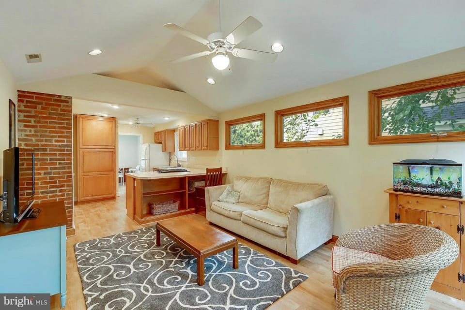4219 Colchester Drive preview