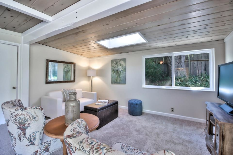 21383 Madrone Dr preview