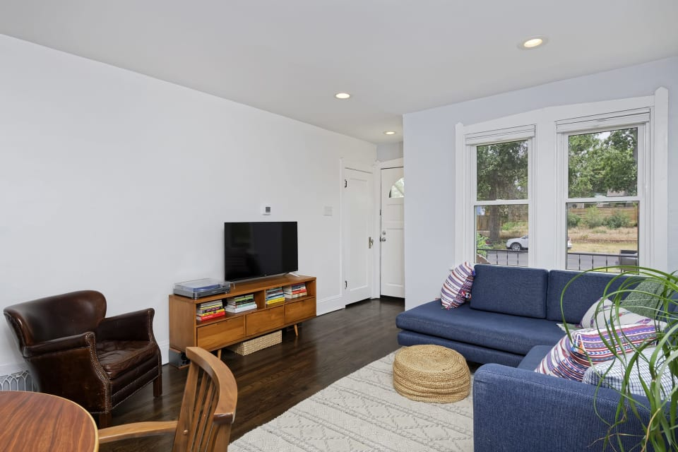 3421 Steele Street preview