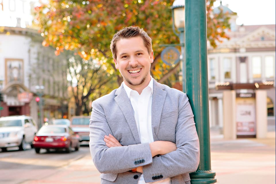 """Brett Named to Coldwell Banker """"Icons"""""""