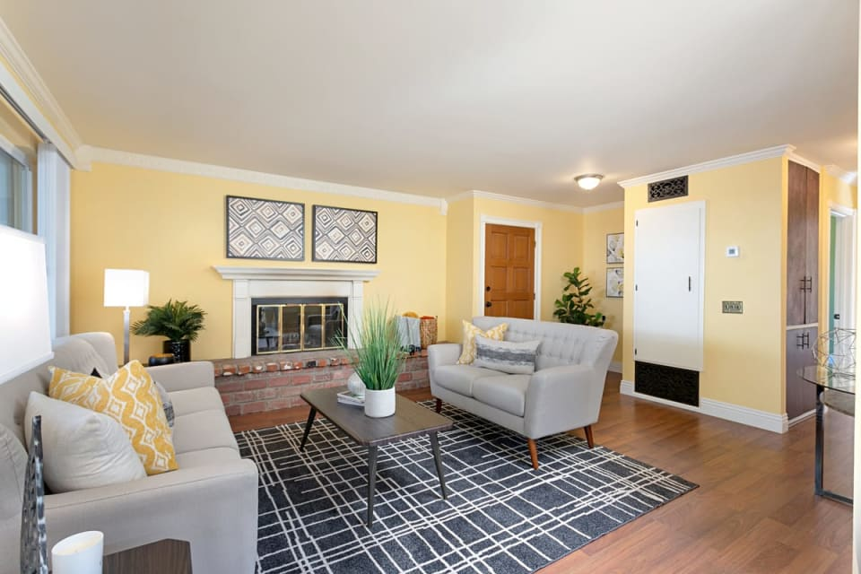 1539 Kent Ave preview