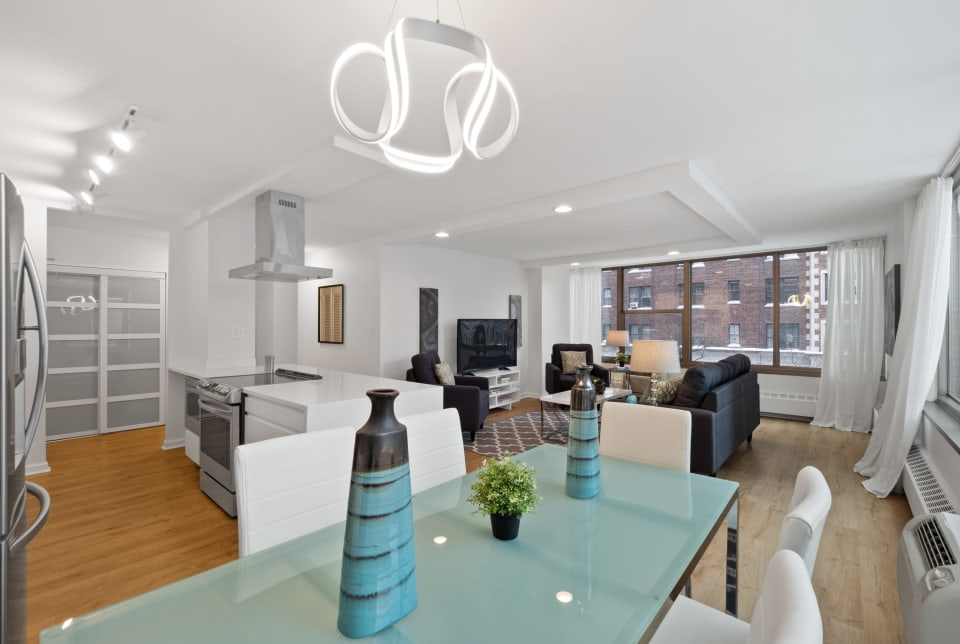 360 W Wellington Ave, #3F preview