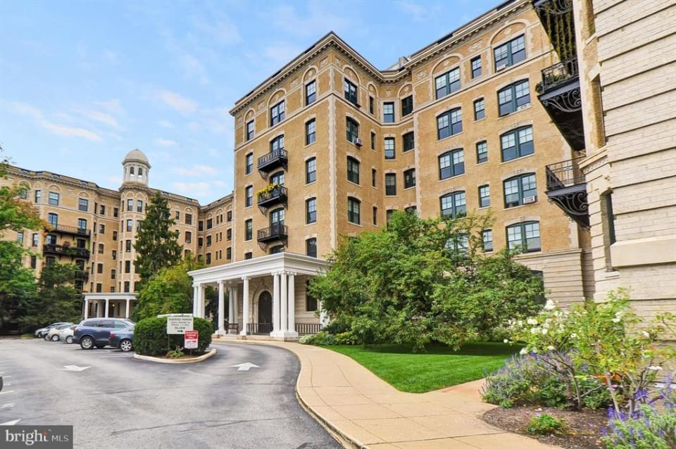 2853 Ontario Rd NW #221 preview