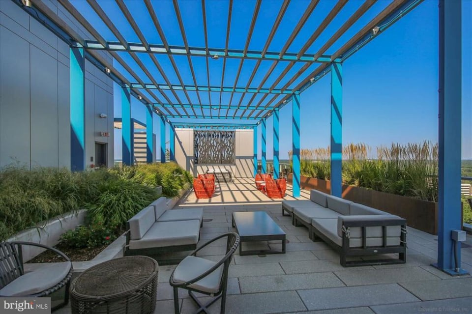 930 Rose Ave #1911 preview