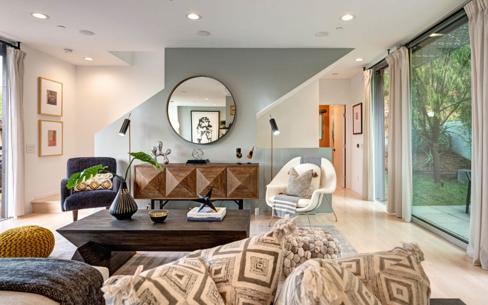 1892 Lucile Ave preview