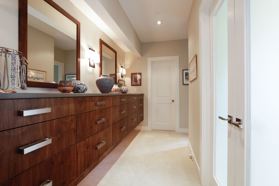 5603 Surrey Street preview