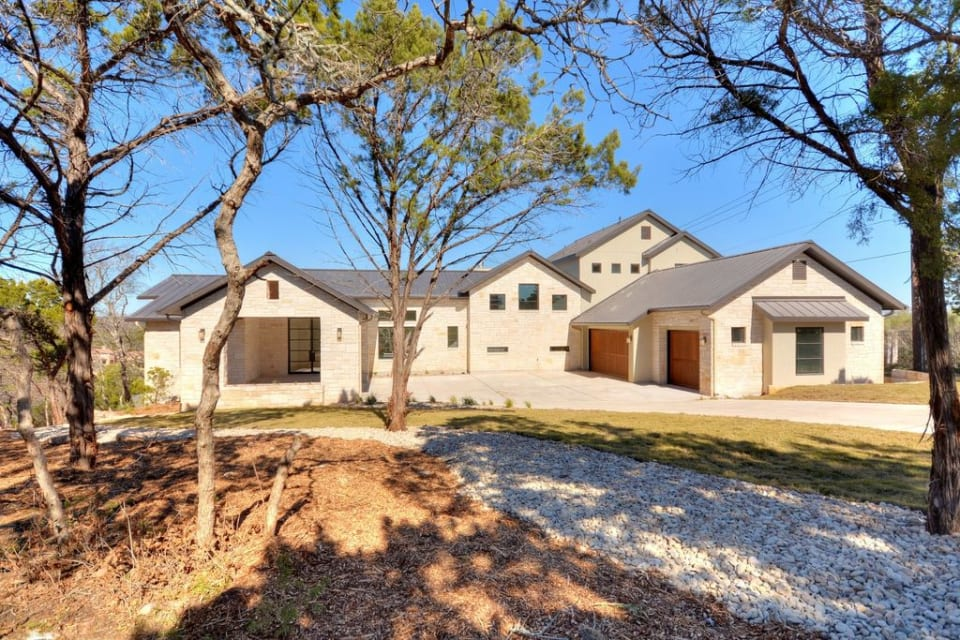 6910 W Courtyard Dr preview