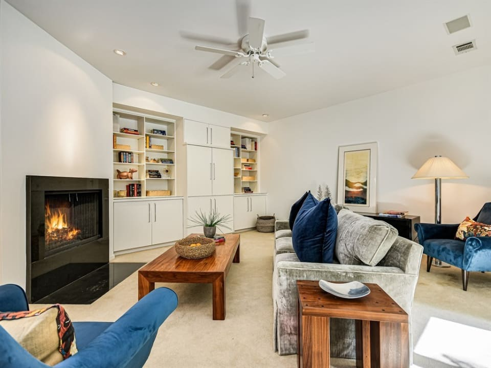4900 Whitethorn Ct preview