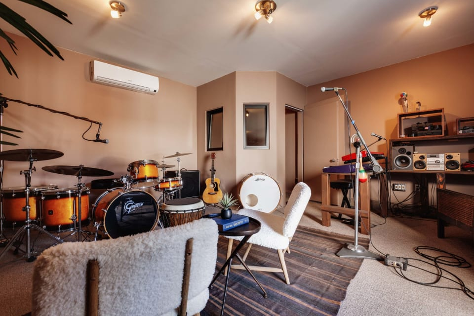 3422 Hollydale Drive preview