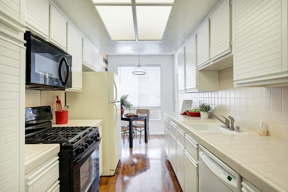 1164 Wellesley Avenue #305 preview