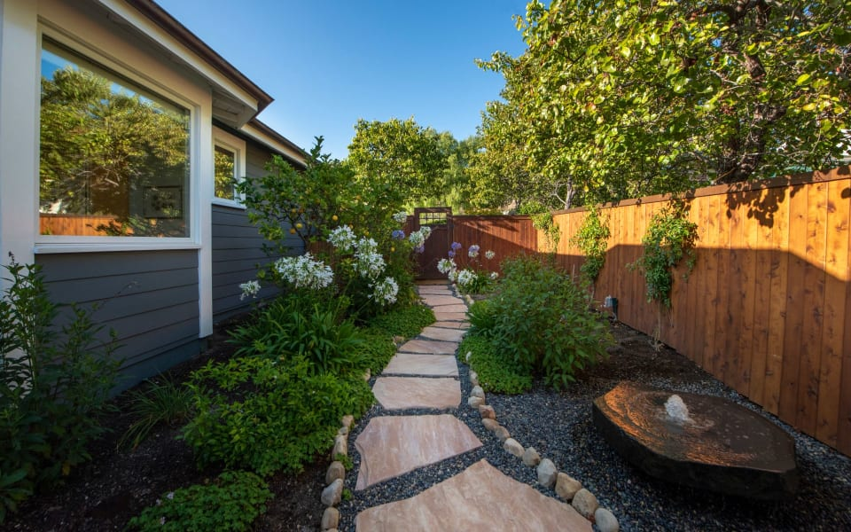 2633 Freesia Dr preview