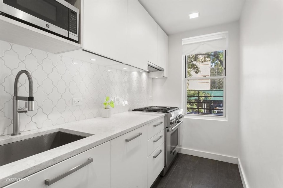 185 W Houston St, #1G preview