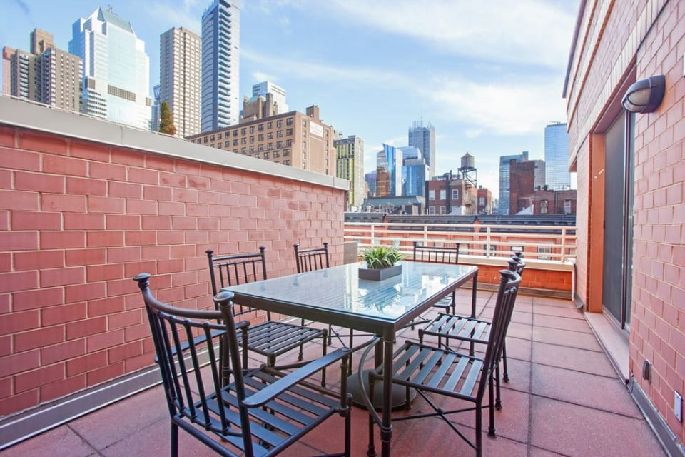 350 W 50th St, #5C preview