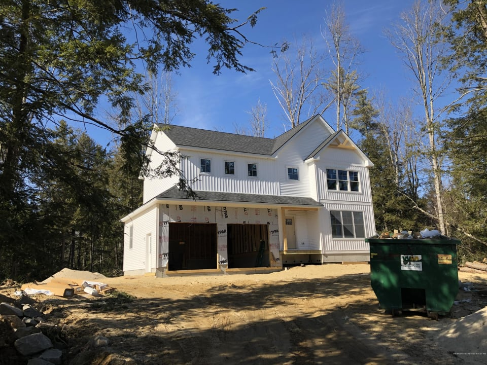 New Build in Majestic Woods!