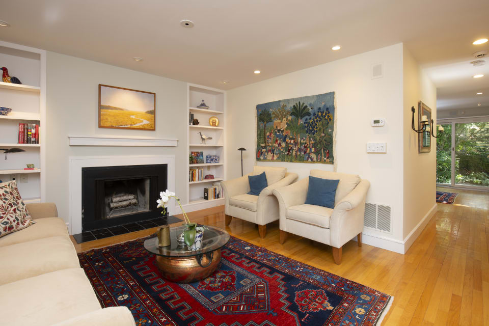 563 Franklin Street preview