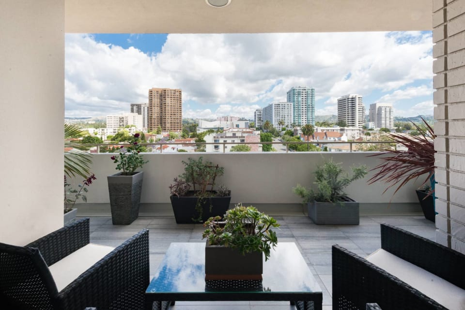 1333 S Beverly Glen Blvd, Unit 901 preview