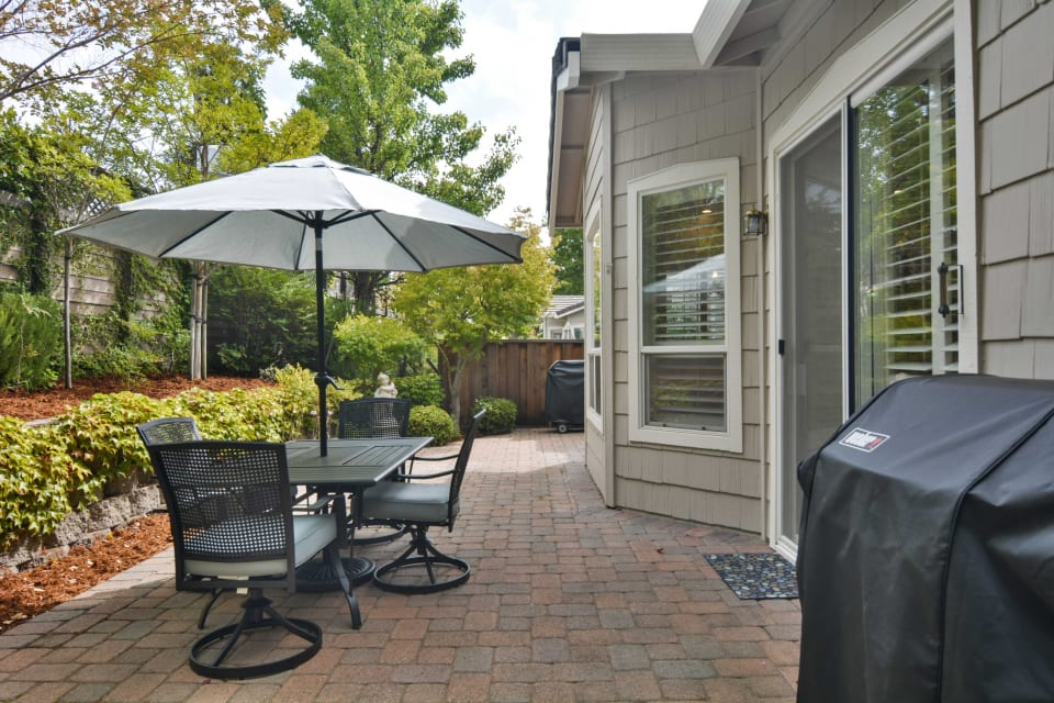1715 Comstock Drive preview