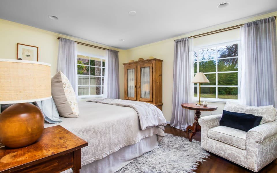 Tarrytown Cottage preview