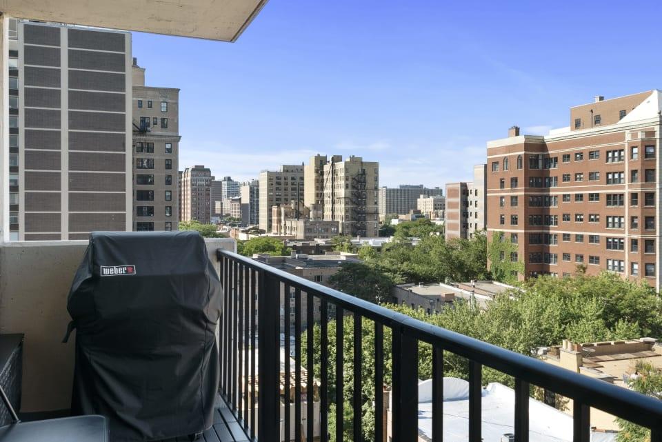 3150 N Sheridan Rd, #9D preview
