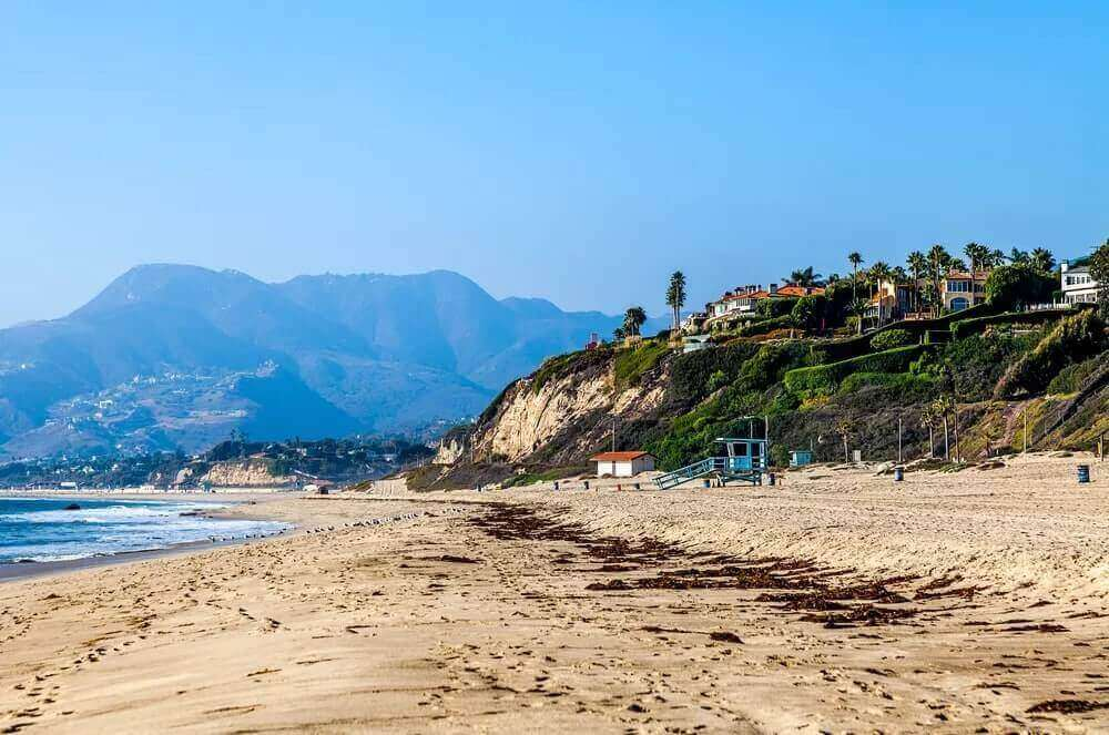 Luxury Real Estate Market Comparisons in Los Angeles