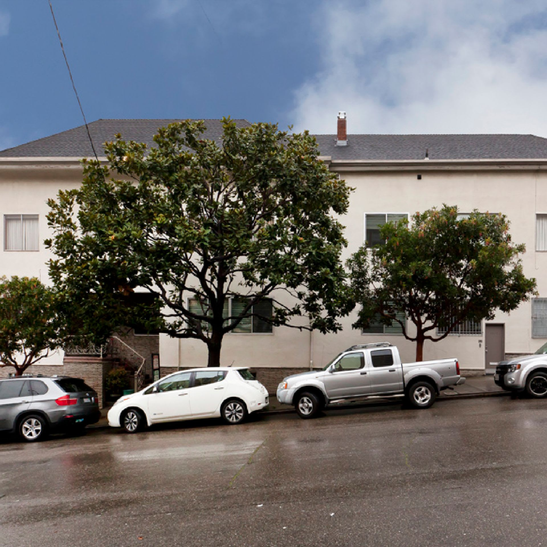 4BR/2BA flat in Cow Hollow