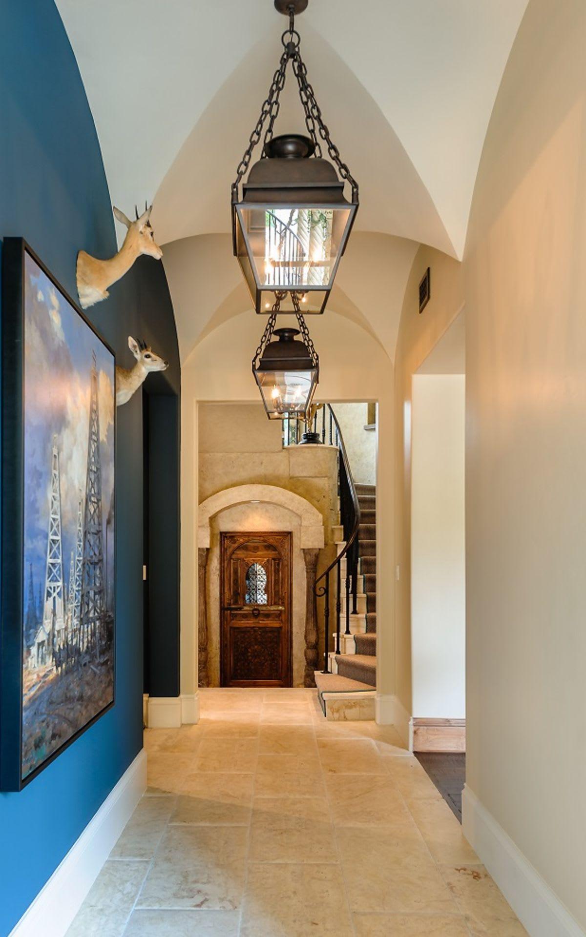 Interior image 34