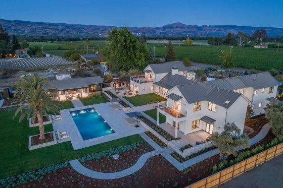 Get Smart   5 Forward-Thinking High-Tech Homes