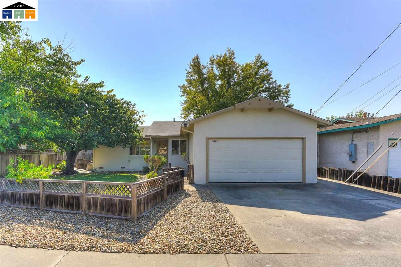 2463 Tanager Court photo