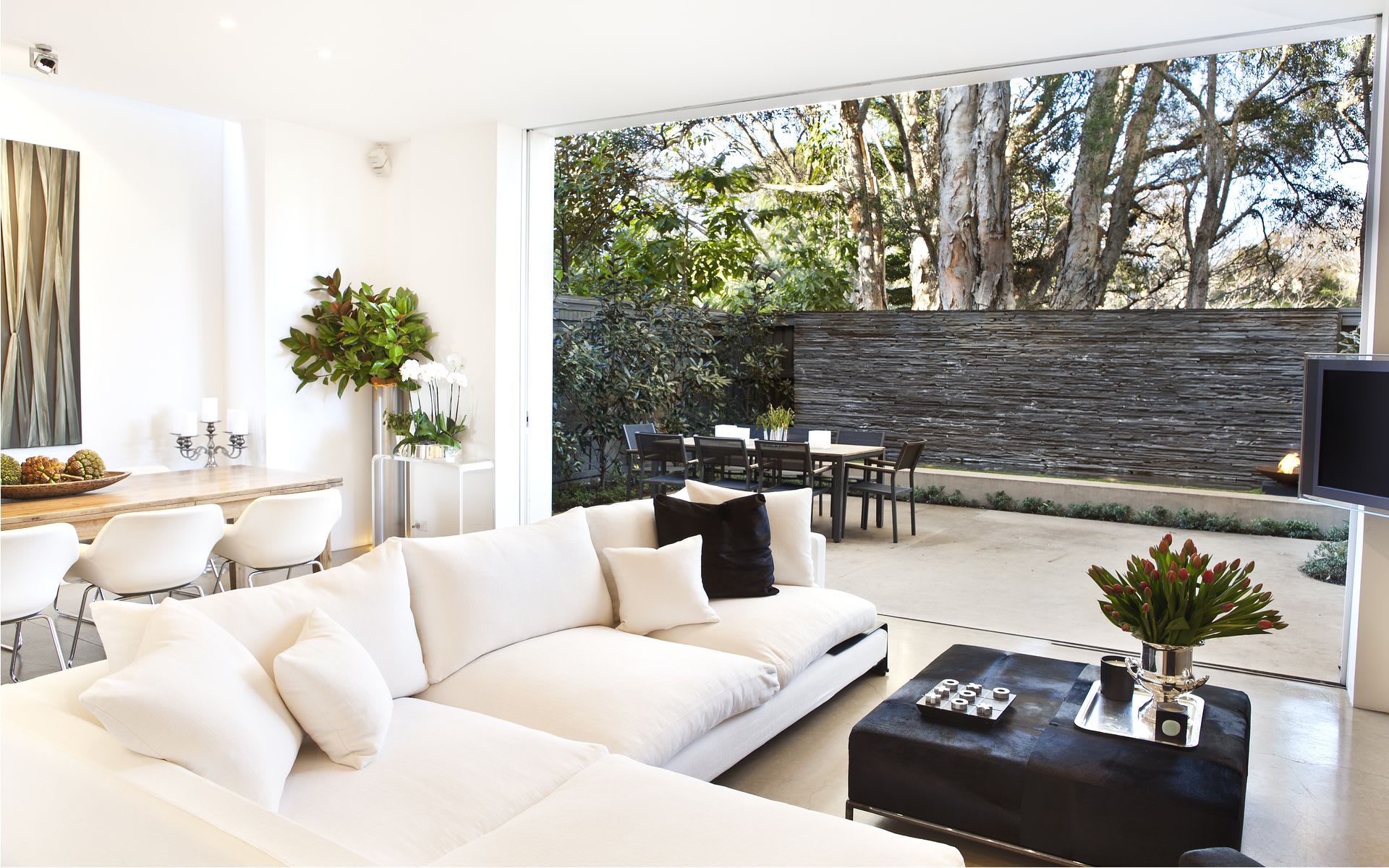 Property Porn: Oh the Glory of $6 Million Indoor-Outdoor Life