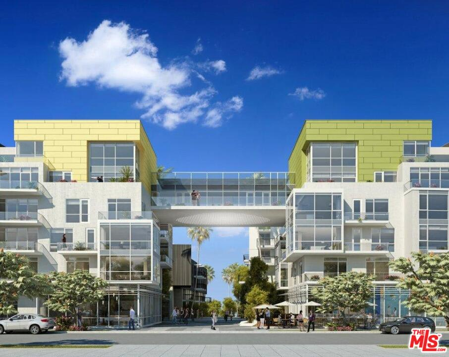 1705 Ocean Ave, #502 preview