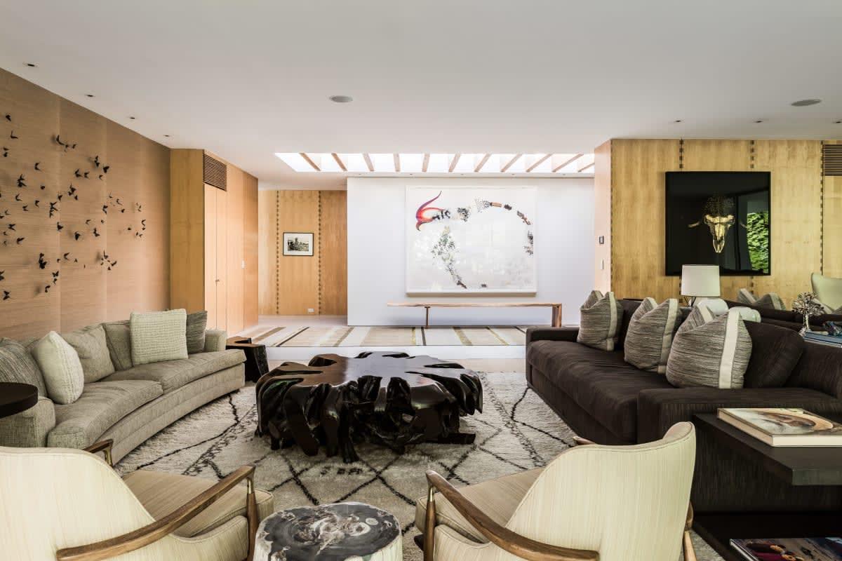 Sprawling Single Story Residence Designed by Shigeru Ban
