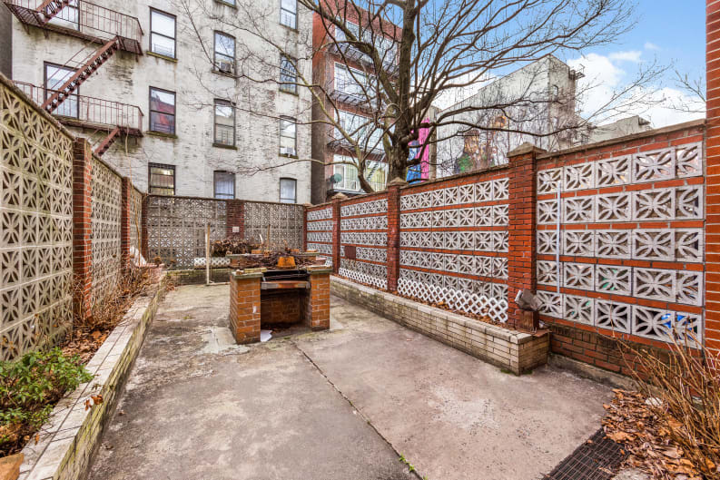 228 West 136th Street Building