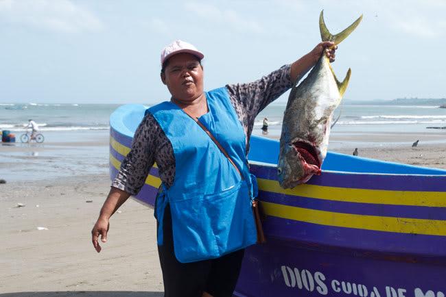 Azucena fishing- Giveback Homes