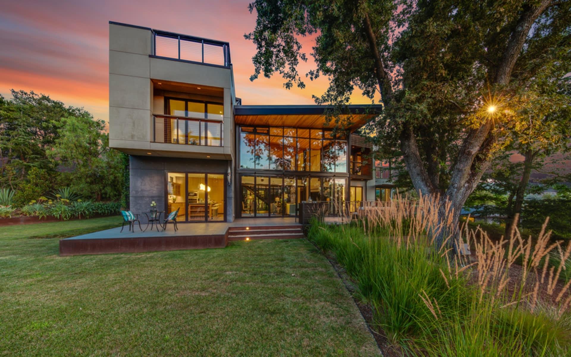 26989 Beaver Lane, Los Altos Hils, CA