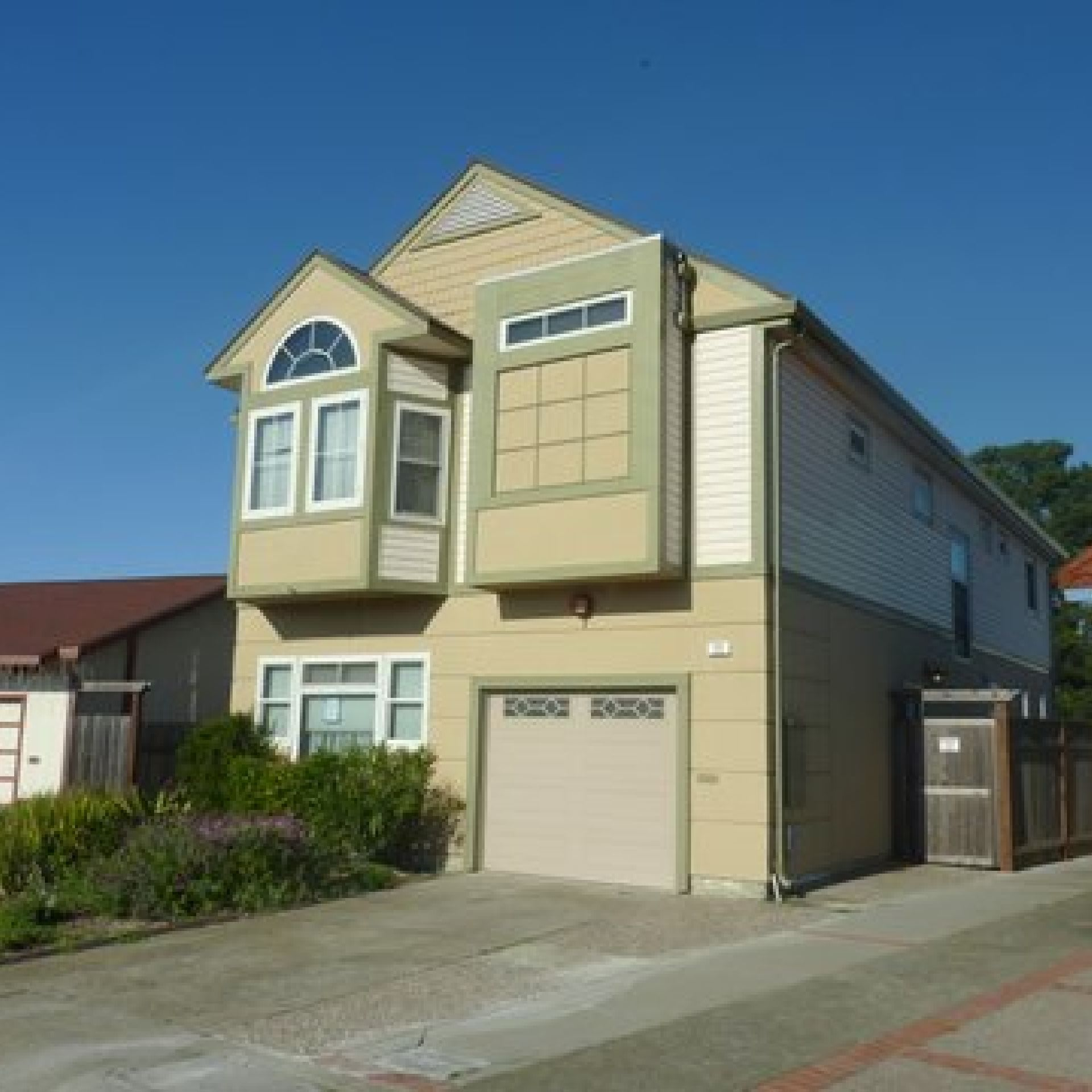 4BR/2.5BA House in Daly City