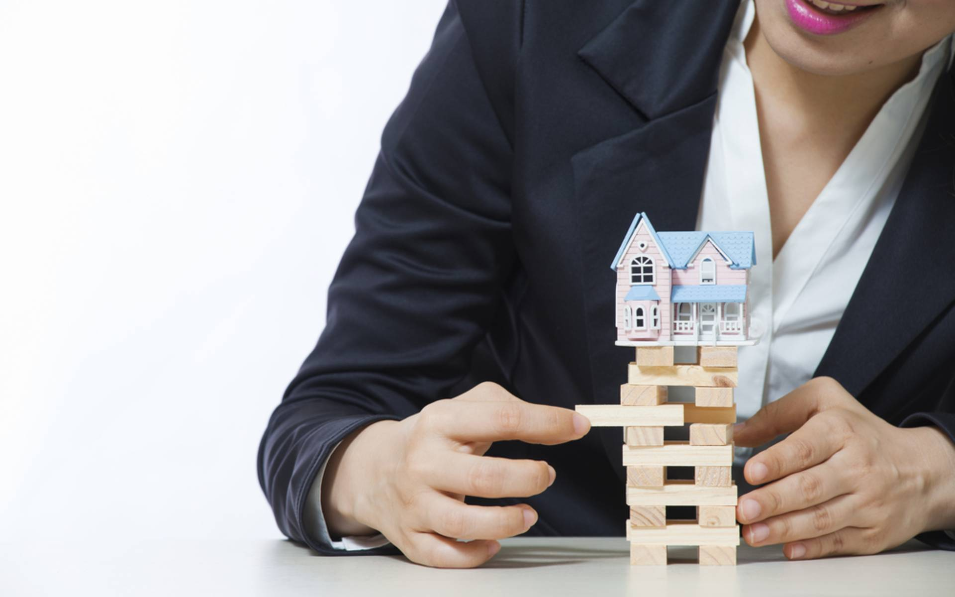 Can Listing Early Benefit Your Santa Fe Home Sale