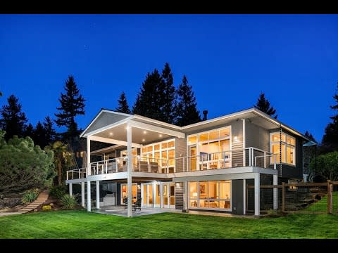 Timeless Elegance. Modern Style. Incredible Issaquah. video preview