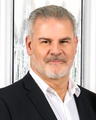 Daniel Nault