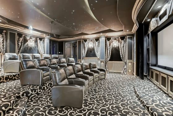 5 Home Theaters That Steal the Show