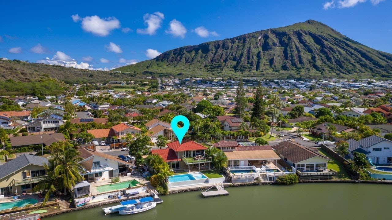 6851 Niumalu Loop, Honolulu, Hawaii video preview